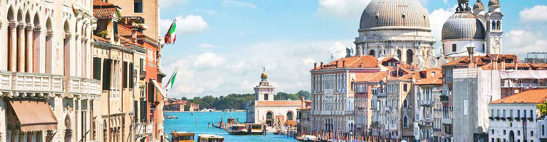 Venise - Appartements dans le quartier de Quartier San Marco, Castello, S. Elena, Cannaregio. Cartes pour Venise, photos et commentaires pour chaque appartement à Venise.