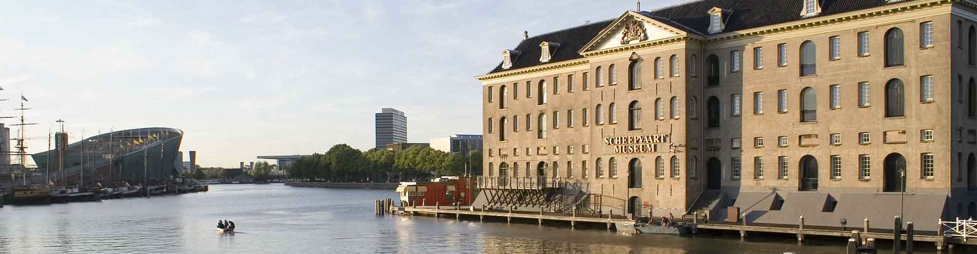 Amsterdam - Camping près de Scheepvaartmuseum. Cartes pour Amsterdam, photos et commentaires pour chaque camping à Amsterdam.