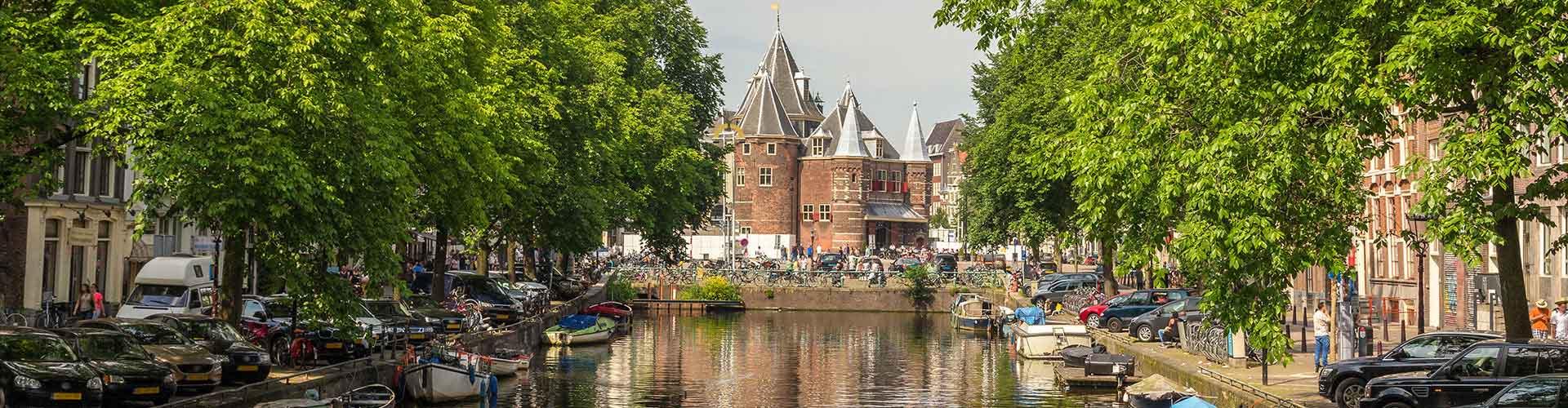 Amsterdam - Auberges de jeunesse près de Weigh House. Cartes pour Amsterdam, photos et commentaires pour chaque auberge de jeunesse à Amsterdam.