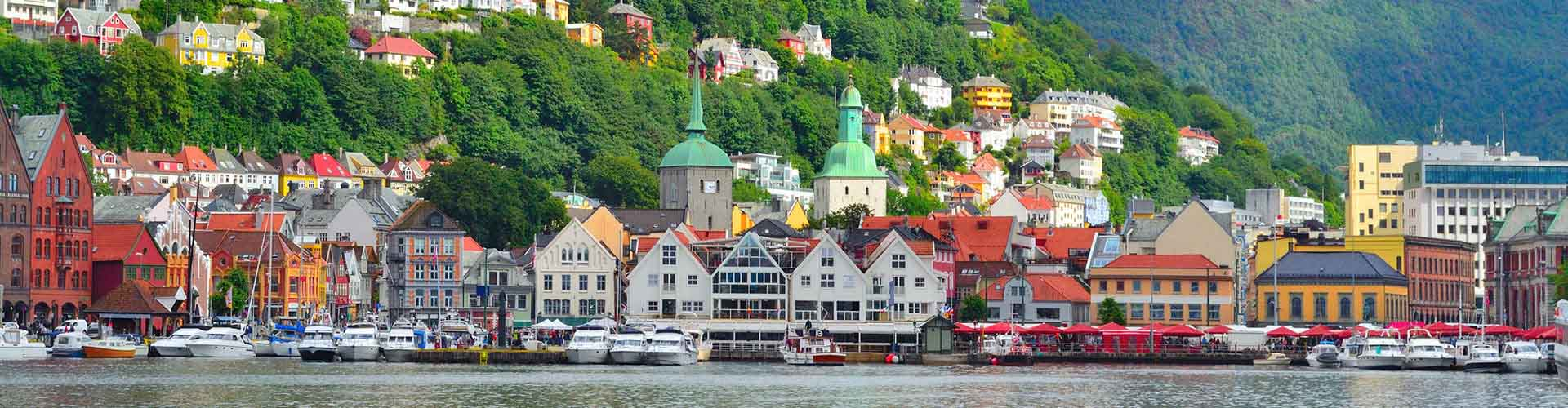 Bergen - Auberges de jeunesse dans le quartier de Bergenhus. Cartes pour Bergen, photos et commentaires pour chaque auberge de jeunesse à Bergen.