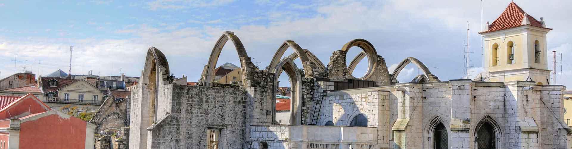 Lisbonne - Auberges de jeunesse près de Carmo Couvent. Cartes pour Lisbonne, photos et commentaires pour chaque auberge de jeunesse à Lisbonne.