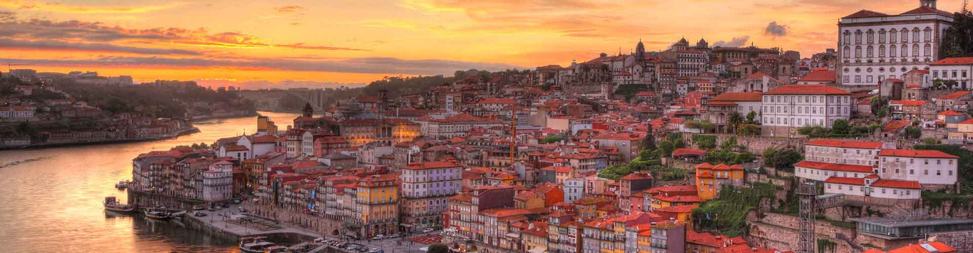 Porto - Camping près de Centre ville. Cartes pour Porto, photos et commentaires pour chaque camping à Porto.