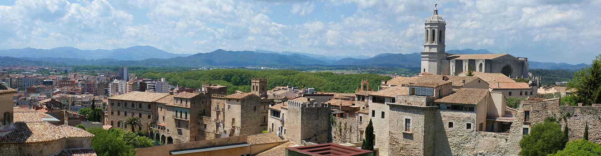 Girona - Auberges de jeunesse à Girona. Cartes pour Girona, photos et commentaires pour chaque auberge de jeunesse à Girona.