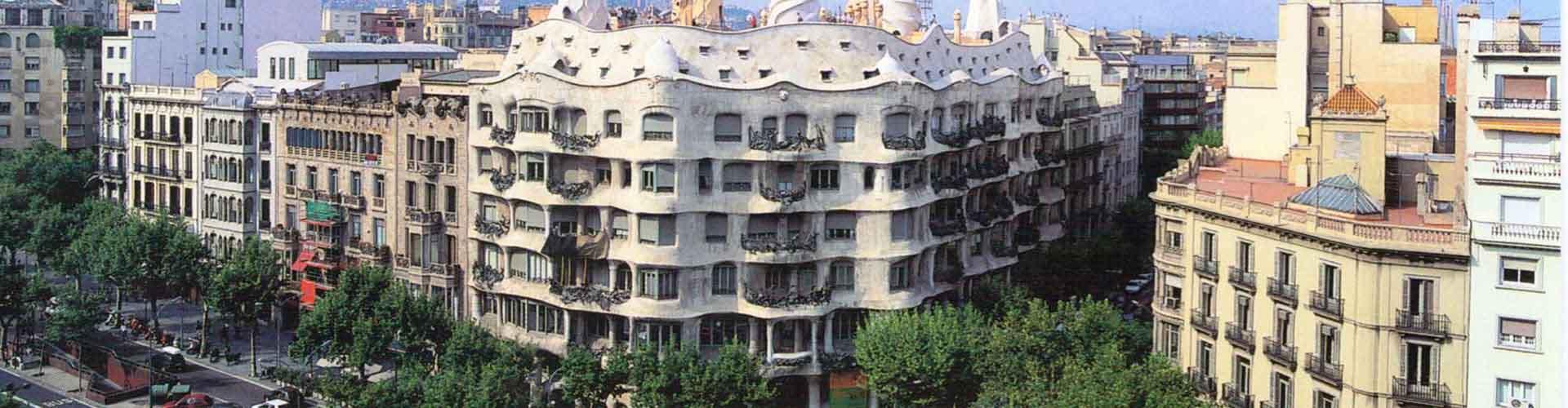 Barcelone - Auberges de jeunesse près de Casa Milà. Cartes pour Barcelone, photos et commentaires pour chaque auberge de jeunesse à Barcelone.