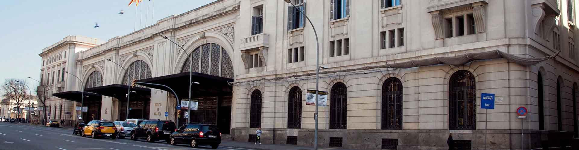 Barcelone - Chambres près de Estació de França. Cartes pour Barcelone, photos et commentaires pour chaque chambre à Barcelone.