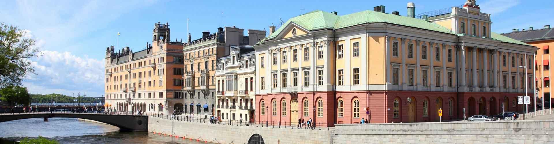 Stockholm - Auberges de jeunesse dans le quartier de Norrmalm. Cartes pour Stockholm, photos et commentaires pour chaque auberge de jeunesse à Stockholm.